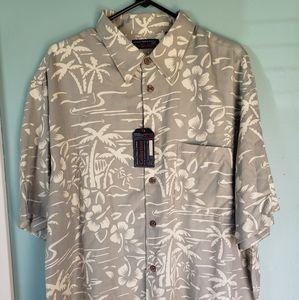 Xl Roundtree and york Hawaiian shirt